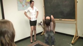 Cheyenne Jewels Humiliating Handjob