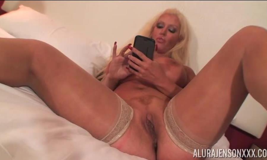 Lesbian clit rubbing